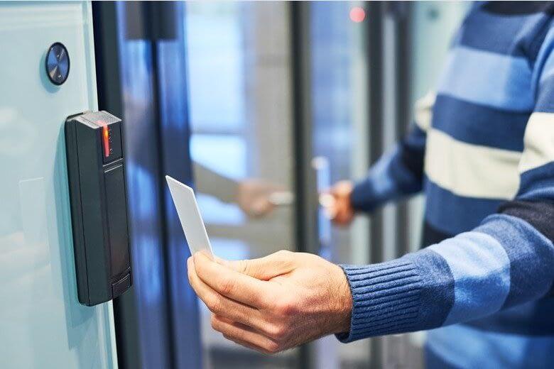 καρτα εισοδου